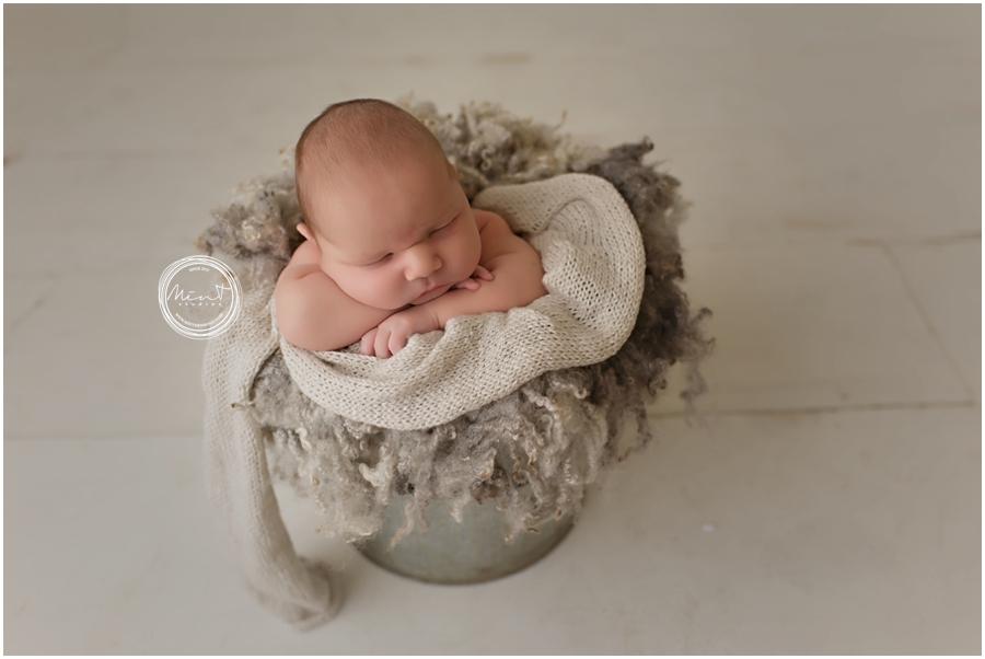 Newborn-Photographer-Monterey_2868