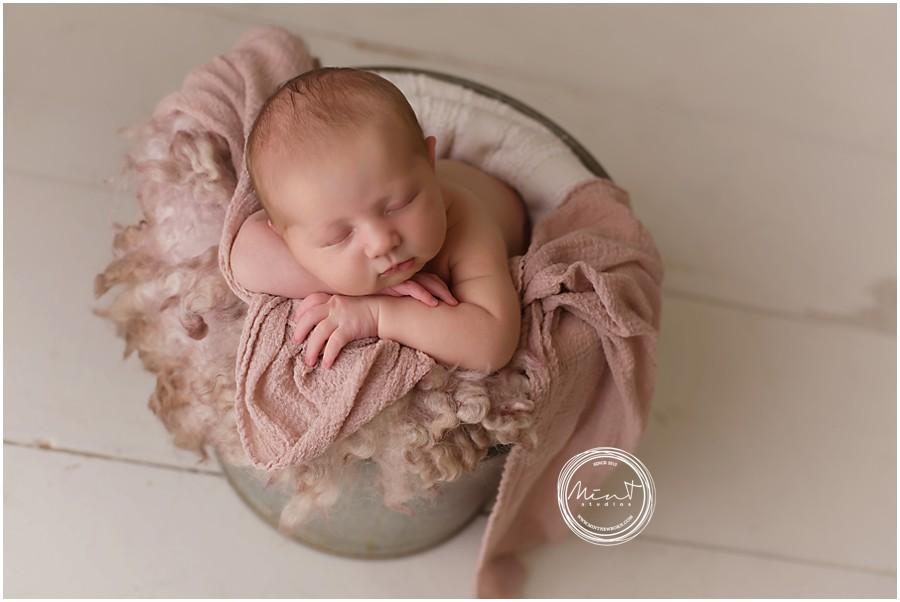 Pebble-Beach-Newborn-Photographer_2391
