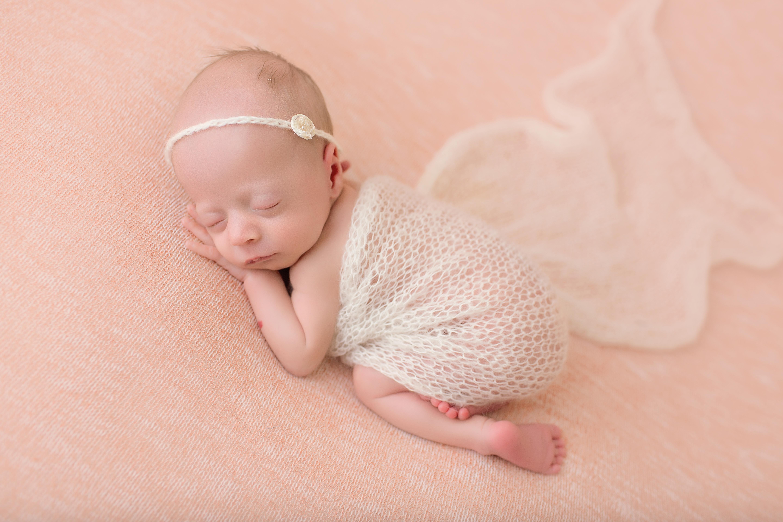 monterey newborn photographer, carmel newborn photographer, mint portrait studio, newborn posing, newborn session, professiona newborn photographer